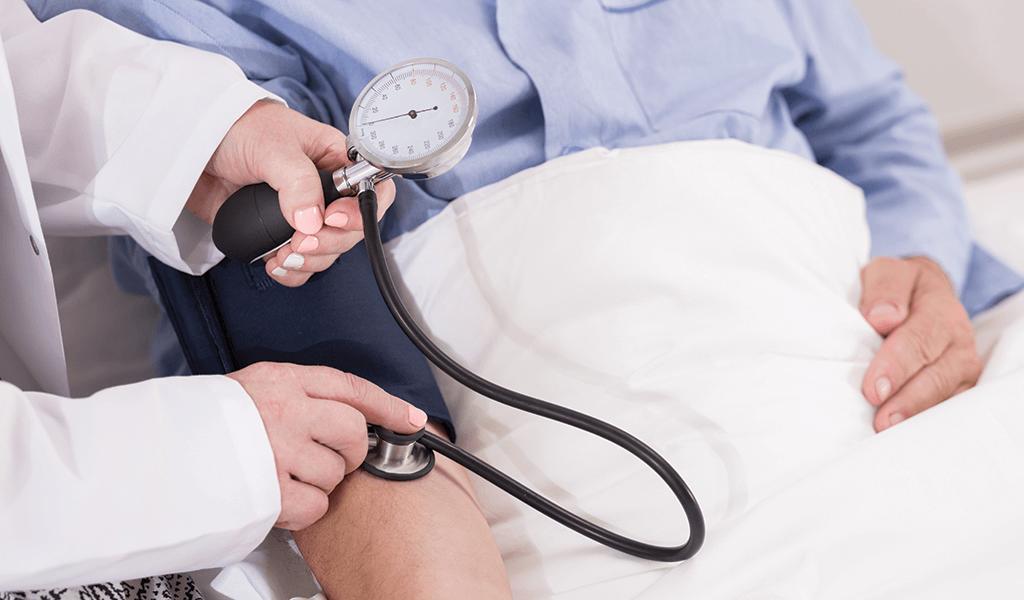 Praca pielęgniarki i położnej w szpitalu